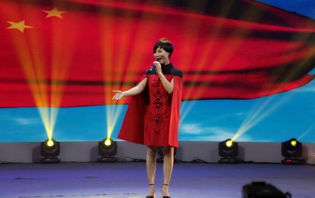 《星光大道》冠军周艳赴吉林卫视录新春歌会