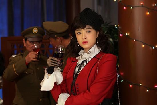 《麻雀春天》深圳开播 邢佳栋蒋欣上演生死越狱