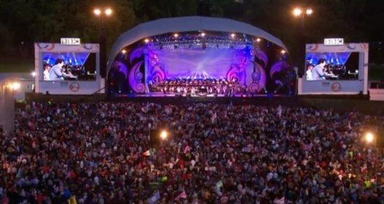 郎朗伦敦音乐节受热捧 压轴独奏成为亚洲第一人