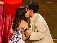 《再吻我一次》获最佳影片奖