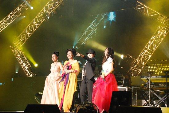 四大歌坛天后齐聚2011内地巡演《珍爱女人》