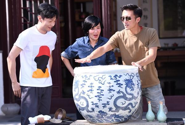 《锋味3》吴君如狂撩李荣浩:谢霆锋要撮合我们