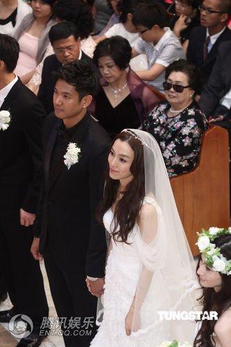 范玮琪黑人婚礼撤换伴郎 彭于晏取代王宏恩