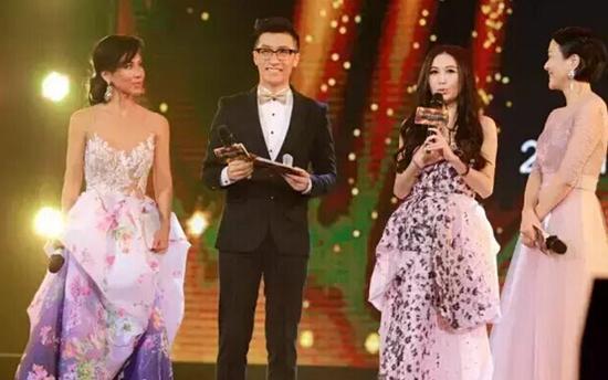 温碧霞任环球夫人亲善大使 杨乐乐出席总决赛