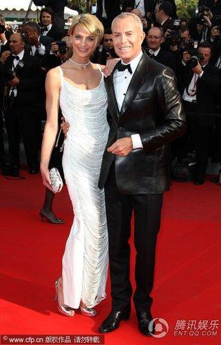 组图:第63届戛纳电影节红毯 超模莎拉银鞋闪耀