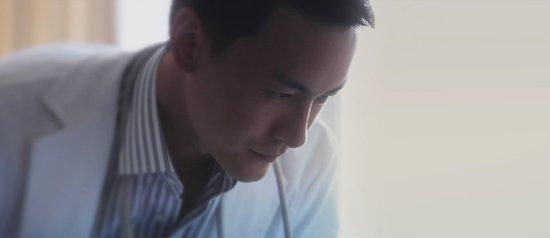 《时间档案馆》郑元畅再饰医生 演技大涨显成熟
