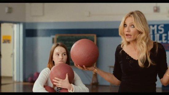 abc300com视频电影_abc电视台7日宣布,将把热门喜剧电影《坏老师》改编成电视剧,而电影