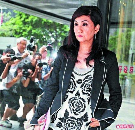 乐易玲遭多艺人指责 致TVB经纪人加入离职潮