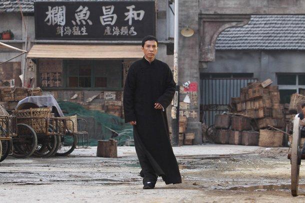 成为在动作片迷心中的动作之王,甄子丹创造了无数的动作经典,却只是一图片