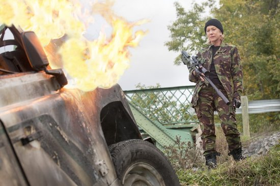 《赤焰战场2》枪战升级 打造老年版《敢死队》