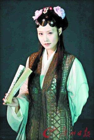 解读新版《红楼》 宝玉是富二代黛玉是文艺青年