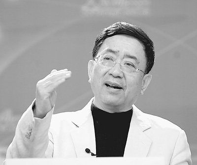 """李宇春起诉整容死亡造谣者 8月""""疯狂""""巡演照开"""
