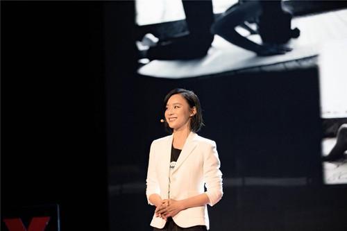 袁姗姗受邀TEDx演讲 成演艺圈最励志代表(图)