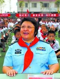 韩红称芦山地震募捐2160万 给每个捐赠者寄发票