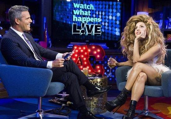 Gaga认可喜欢同性 自曝成名前脱衣舞女经验