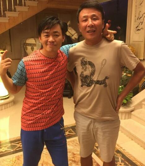 王宝强更博被指炒作,网友看腻了离婚大战吗?