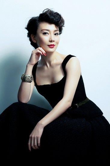 《夫妻那点事》女主演陈数-潇洒哥 娱乐前沿图片