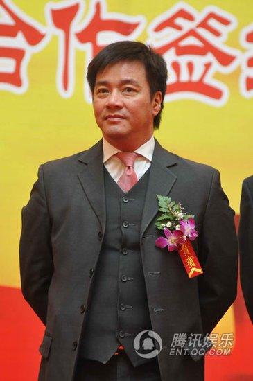 唐季礼昨来上海功夫班授课 为华语功夫电影输血