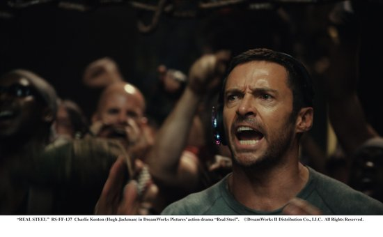 《铁甲钢拳》曝片段 休·杰克曼指导机器人拳击