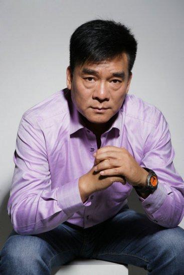 刘交心主演《中国地》 拍摄片场制造欢乐无穷