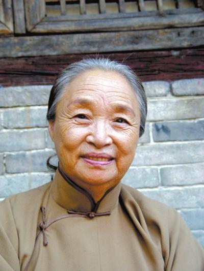 奶奶专业户演员柏青去世 曾出演《美丽的契约》