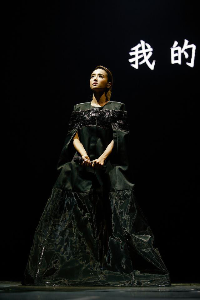 蔡依林台北演唱会魅惑十足 致意幕后无名英雄