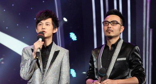 何炅和汪涵的搭档主持俨然成了快男的最大亮点