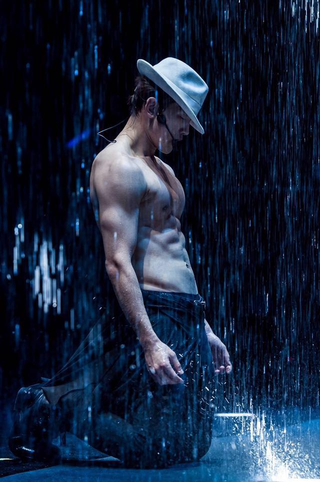 """Rain""""2016王者归来""""香港演唱会 腾讯视频独家直播"""