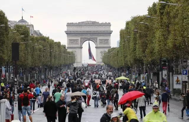 CHANEL又双叒将大秀带到中国 巴黎欧莱雅将在香街举办时装秀