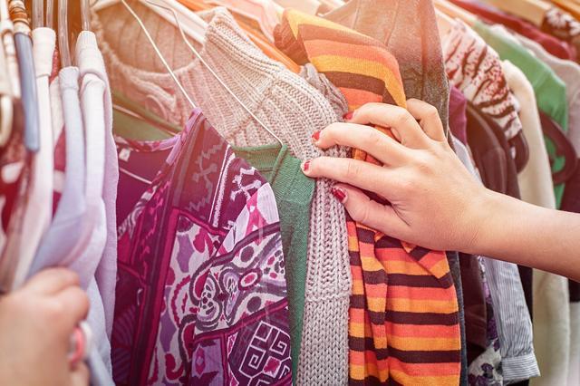 门道时尚头条   奢侈品公司100强名单出炉 LVMH仍然位列榜首