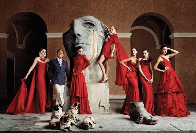凡人观时尚:想拉仇恨就来件大红裙