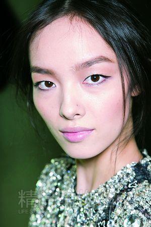亚洲脸也能照欧美名模画