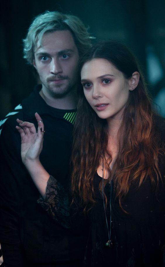 """她凭什么抢走寡姐的风头?揭秘""""红女巫""""的戏外行头"""