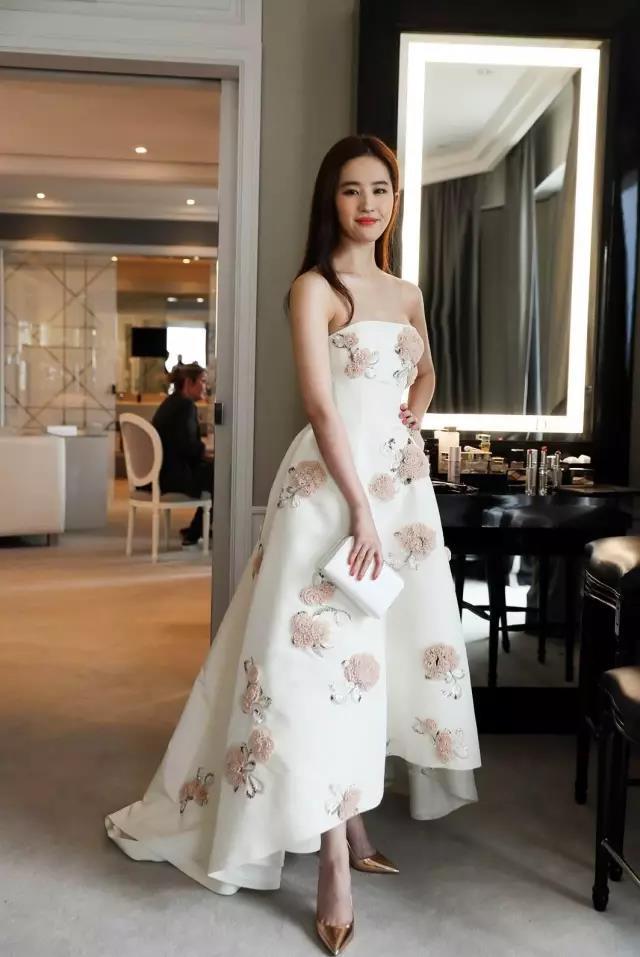 """刘亦菲教你,如何才能穿出""""天仙""""气质?(图8)"""
