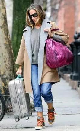 你背错包了!大衣配包包,这样搭才是绝配