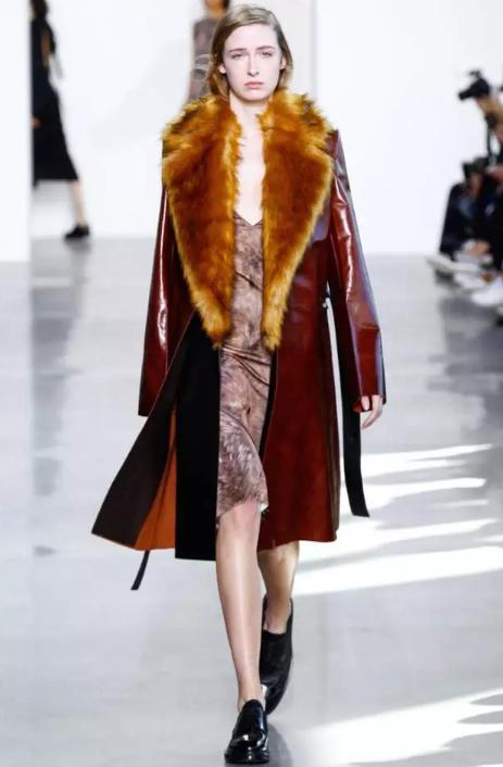 秋冬时髦窍门|穿最闪的皮装,做人群中最酷的那颗星~