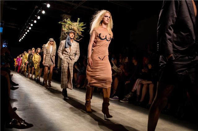 Vivienne Westwood独家专访:希望人们少买垃圾服装(图2)