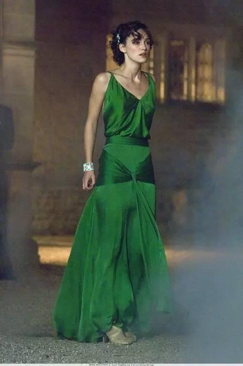 如果长裙界也有奥斯卡 这7条美裙个个都是Queen