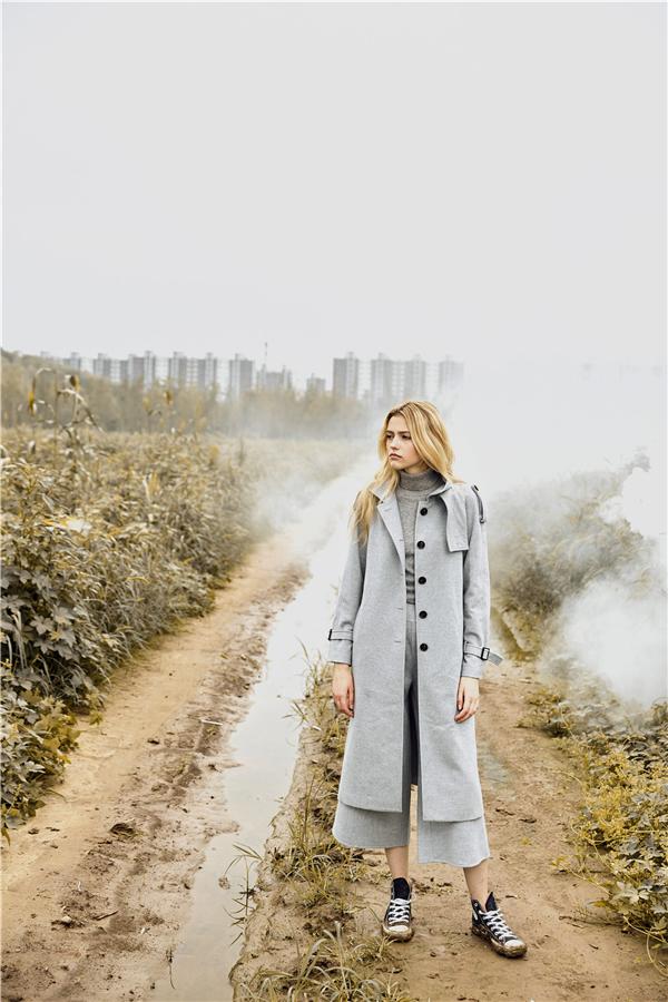 思诺芙德SNOWFORTE发布2017秋冬系列 勾勒现代女性多元魅力