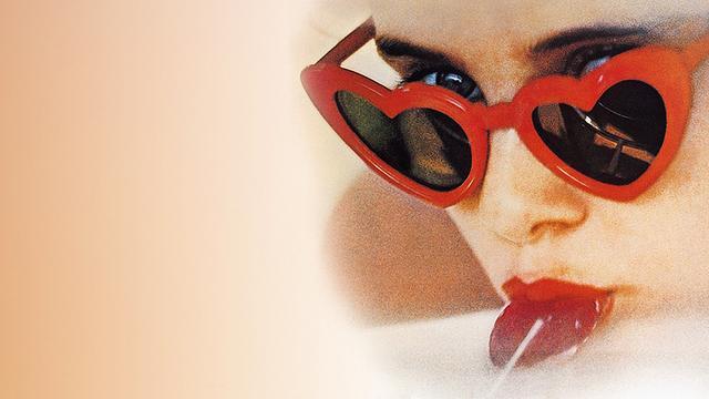 洛丽塔,也让海报上的经典墨镜造型火极一时-时尚论坛-东论东方热线·东方论坛-宁波论坛——最宁波最生活!家长里短写你我身边事!
