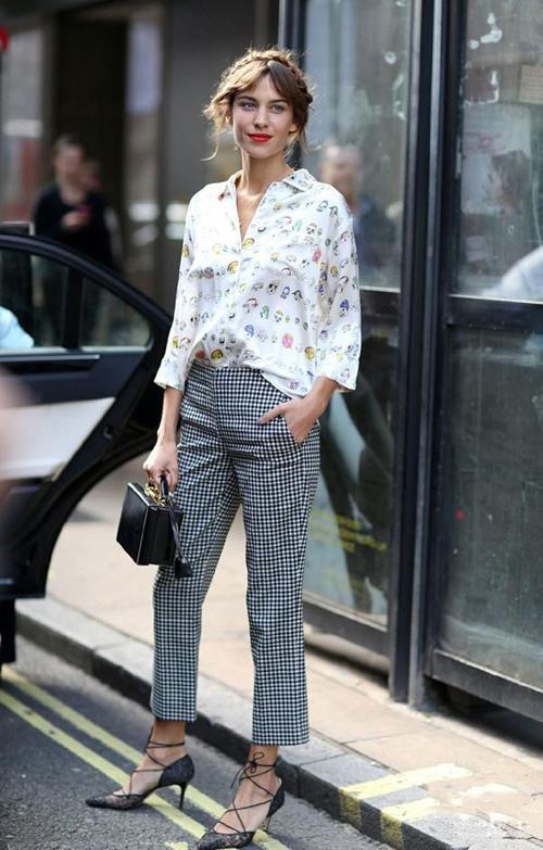 钟小姐简约有型 穿出属于自己的英伦风格