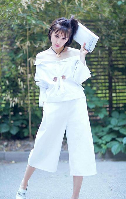 王子文不愧是曲妖精,竟靠穿衣让她穿出1米8大长腿!