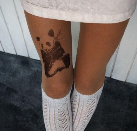 八公举:盯着baby和唐艺昕的纹身好看但好疼?我默默去买了纹身丝袜穿