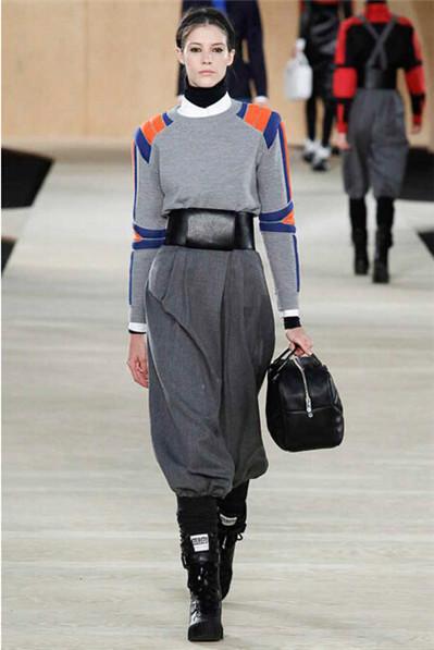 运动服和便服的完美混搭 让你运动后也时髦