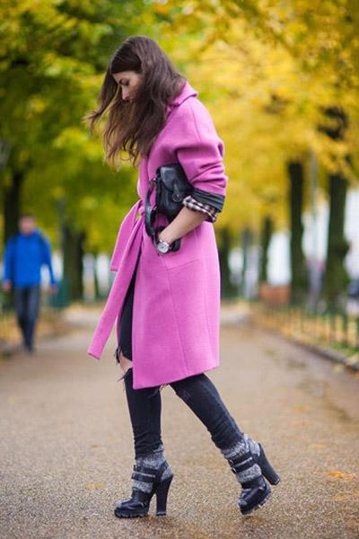 亮色呢子大衣 轻松遮肉优雅过冬