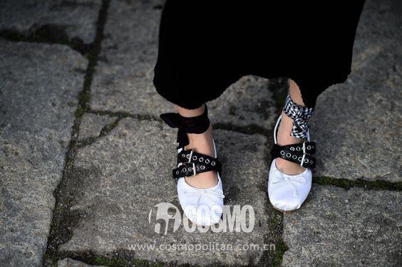 今年夏天最火的�纂p鞋 看著都想要