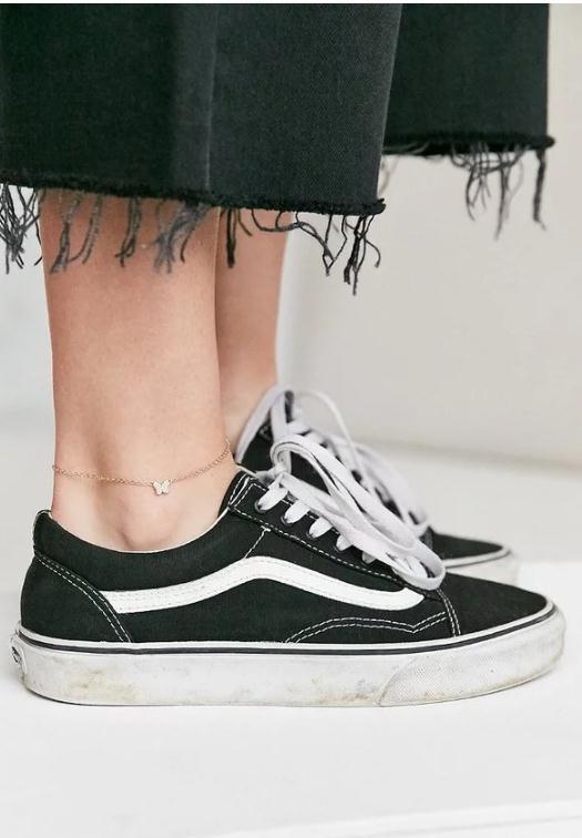 【长点儿心】还在戴Choker嘛人家都戴脚上啦(脚链真的又流行起来了?!)