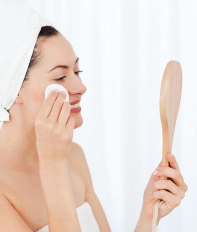 会化妆也要会卸妆,让正确的卸妆方法保护你的肌肤
