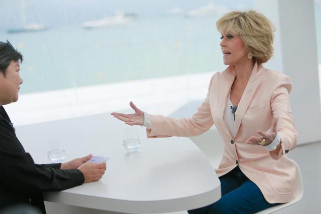 Jane Fonda欧莱雅值得说:有些道理你活到80岁就懂了