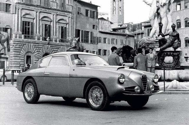在战后 1950 年代,1900 Super Sprint Zagato 是绅士和花花公子们垂涎的座驾